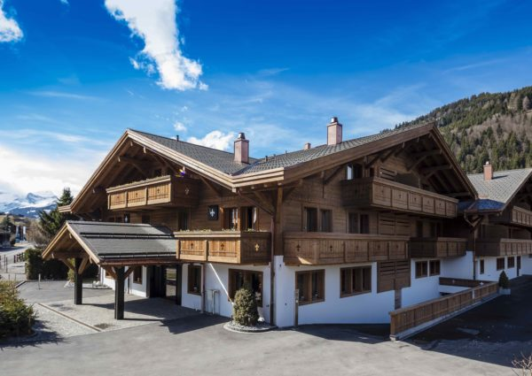 The Perfect Summer Brunch At Ultima Gstaad