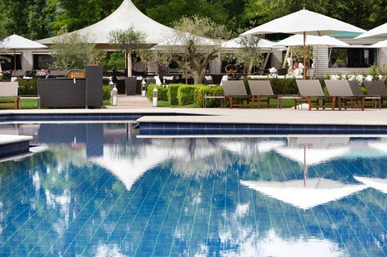 Inside Le Lodge – La Réserve Geneva